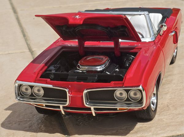 DODGE CORONET CABRIOLET ROUGE YATMING24