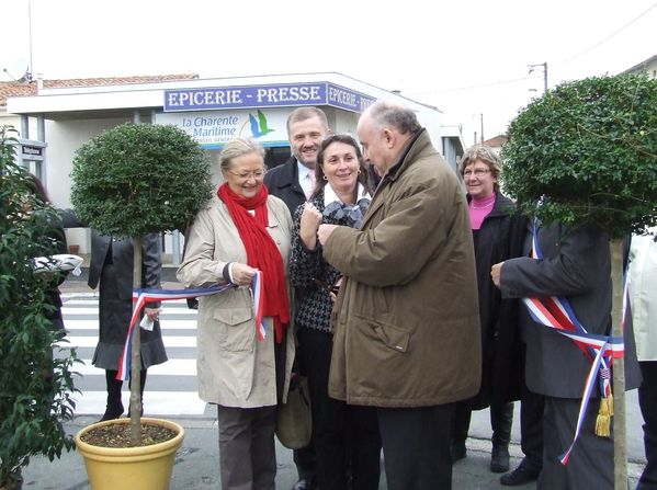 20091205 landes-inaug-commerces 9527