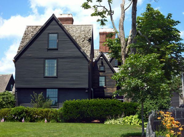 Salem House of the Seven Gables 2