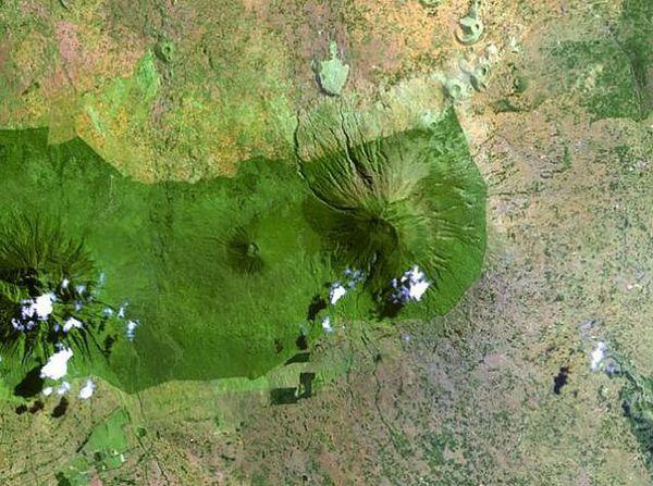 Gahinga---Muhavura---Nasa-Landsat-1999.jpg