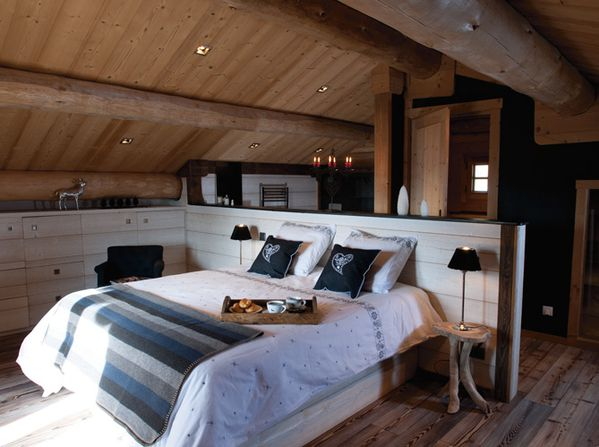 Chambre-chalet-traditionnel-deco-contemporaine