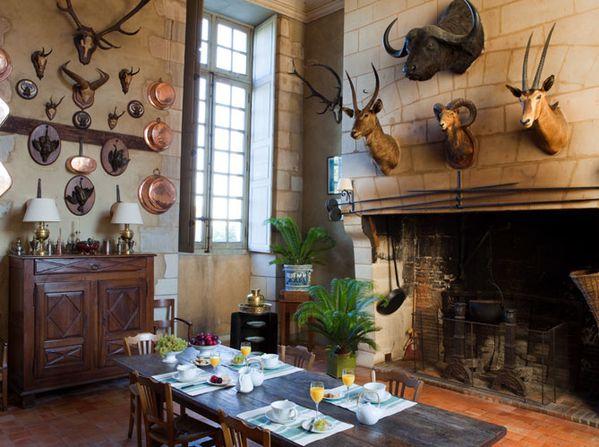 La-cuisine-du-chateau-de-Montgeoffroy