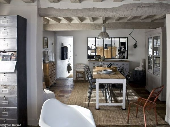 Indoors for Maison de campagne decoration interieur