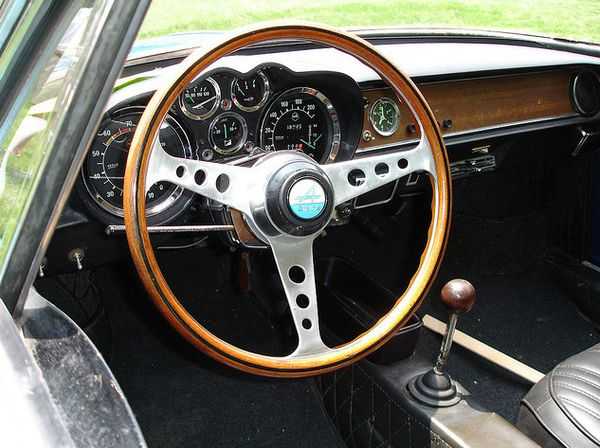 Dans le retro for Interieur alpine a110