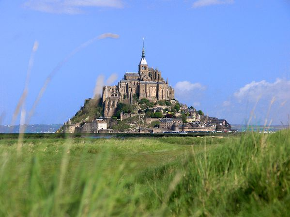 Mont_Saint_Michel_bordercropped.jpg
