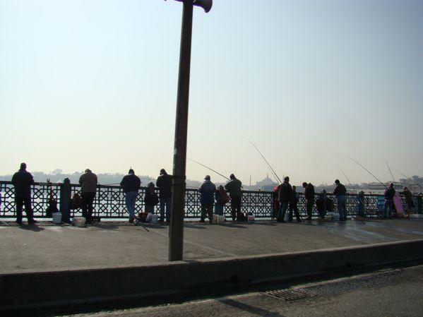 Pècheurs sur Pont Galata - Istanbul