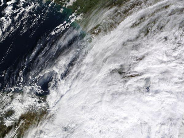 AERONET_Arcachon.2009360.terra.250m.jpg