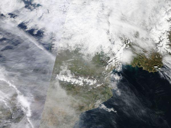 AERONET_Seysses.2010087.terra.250m.jpg