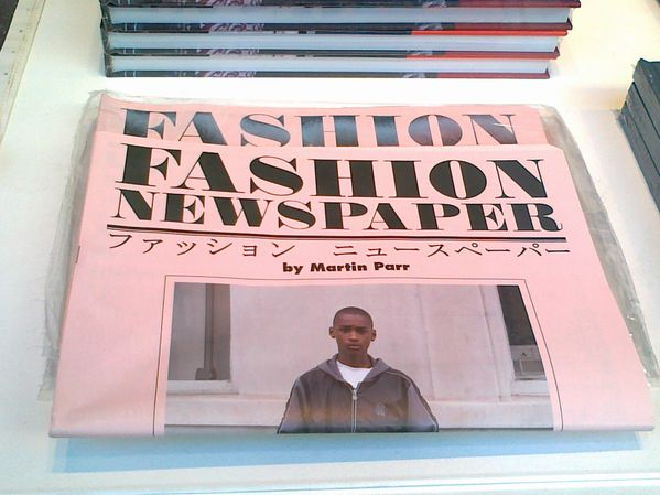 Fashion-Newspaper-Martin-Parr-copie-1.jpg