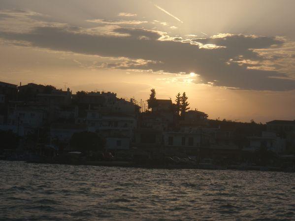 étrange coucher de soleil blanc sur Kilada 002