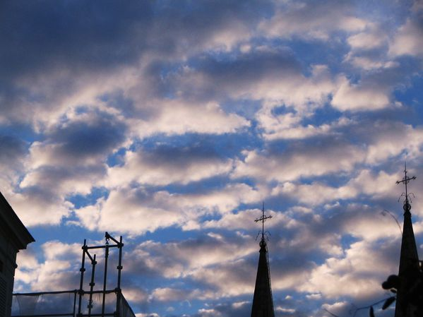 sky_with_clouds_006.JPG