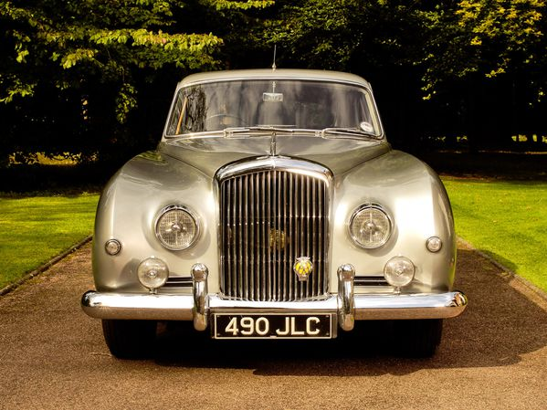 bentley_s1_continental_mulliner_sports_saloon_1955_104.jpg