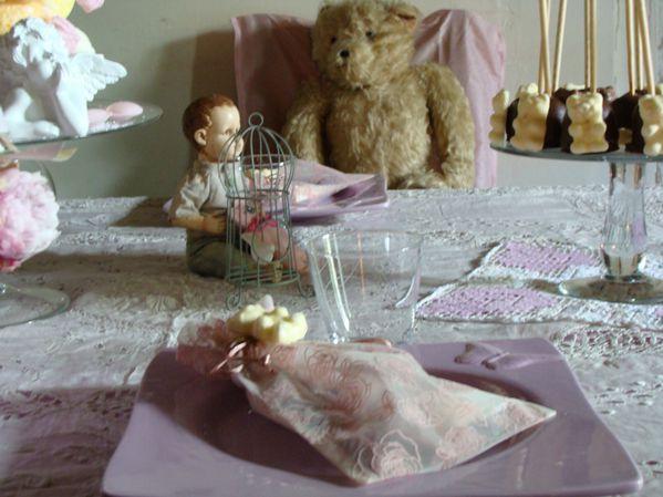 2010-04-29 table petites filles modèles - fleurs -copie-21
