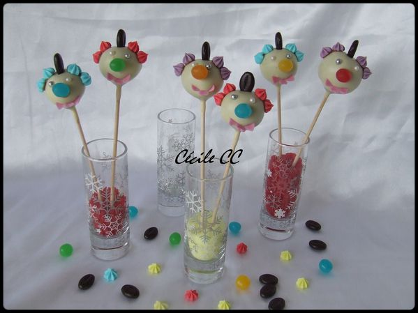 cake-pops-clownesque-1.jpg
