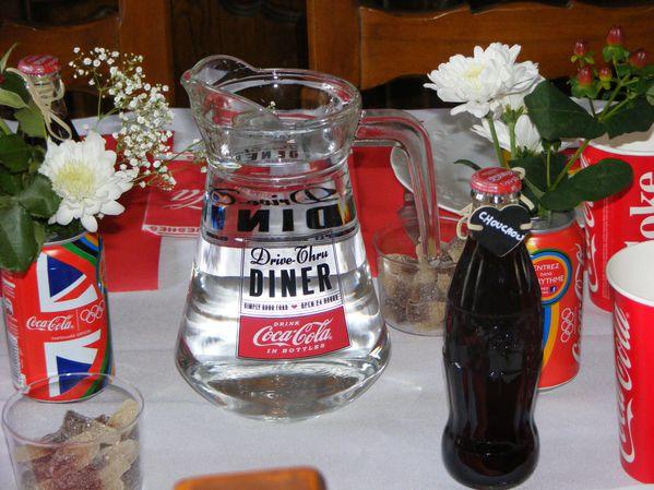 table coca cola 013
