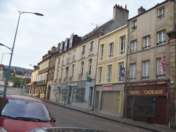 Avenue Charles de Gaulle - 100 7499 (Copier)