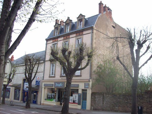 L'Avenue Charles de Gaulle - 100 7493 (Copier)