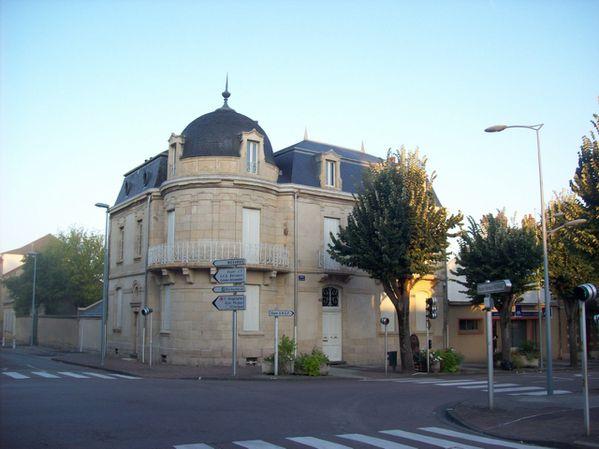 Avenue Charles de Gaulle - 100 3230 (Copier)