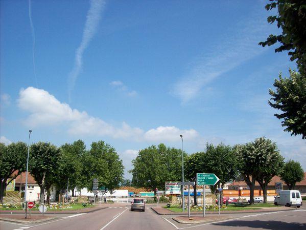 Avenue Charles de Gaulle - 101 0278 (Copier)