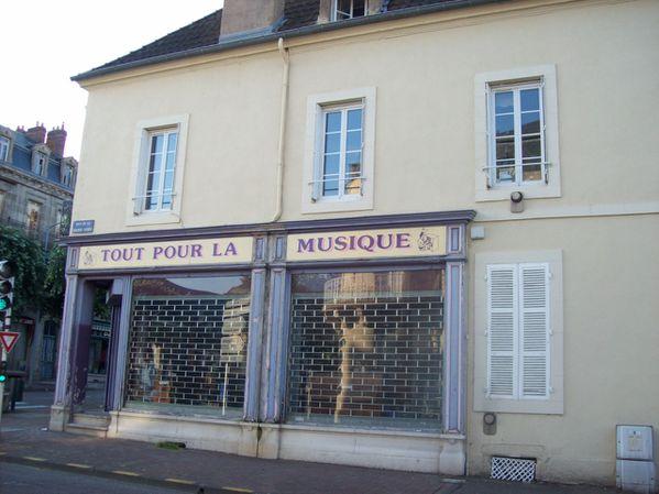 Rue de la Grange Vertu - 100 8263 (Copier)
