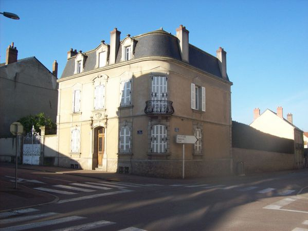 Rue de la Grange Vertu - 100 8268 (Copier)