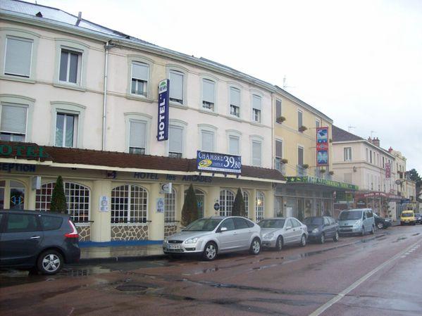 Avenue de la République - 100 8757 (Copier)