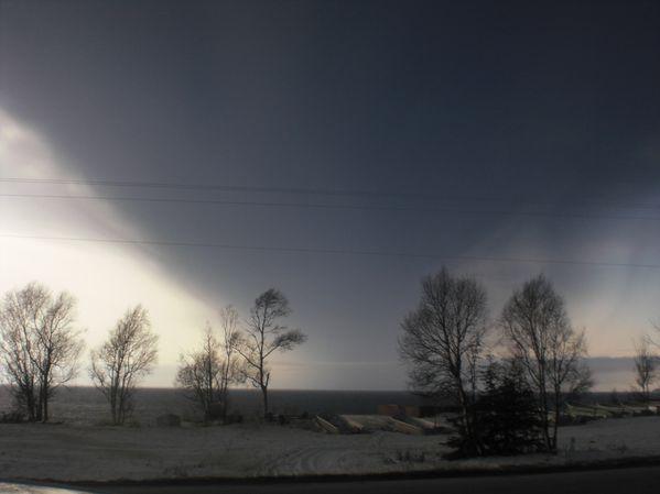 nuage-de-cendres-28.03.09-15.35-niveau-Kenai--J.Larson.jpg