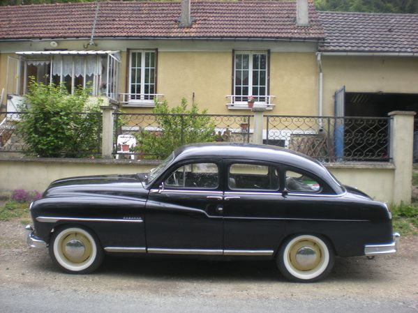 La ford vedette 1953 de saint piat 28 les rendez vous for Garage ford avignon cap sud