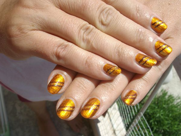 marron---Nfu-oh-061-nail-art-009.JPG