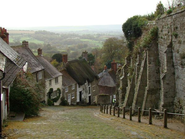 Gold Hill Shaftesbury-1