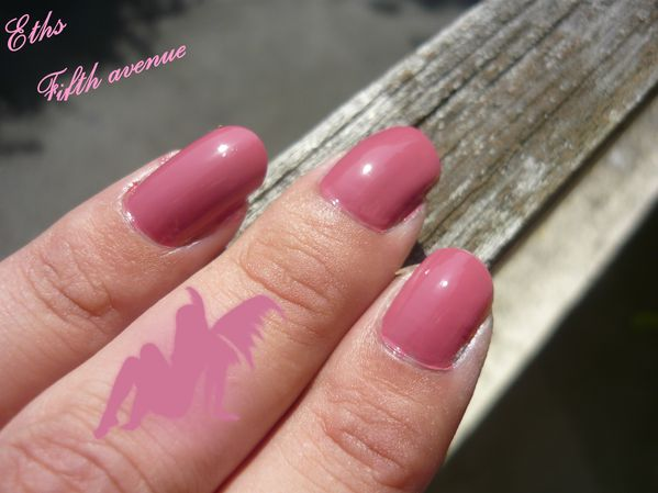 china glaze Fifth avenue 194 2 couches 2