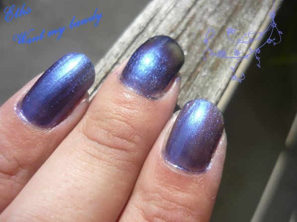 china glaze Want my bawdy 1167 bohemian 2 couche 2