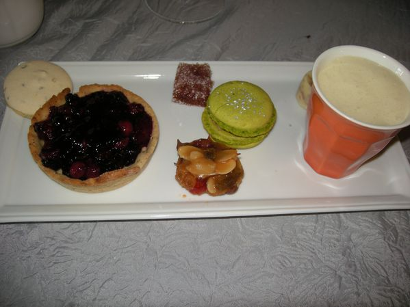 Cafe-gourmands-2-tartelettes-fruits-rouges--3-.jpg