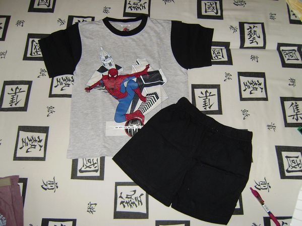 pyjama short spiderman articles b b. Black Bedroom Furniture Sets. Home Design Ideas