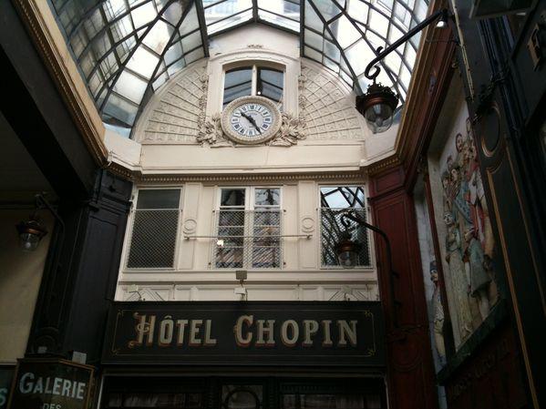 Boulevard-Montmartre-3575.JPG