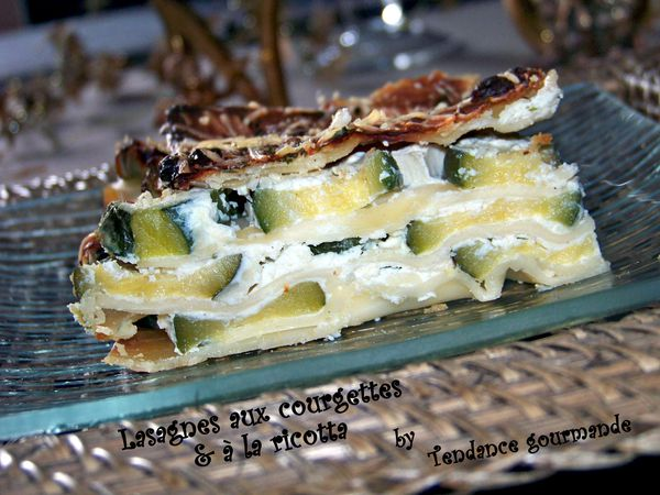 lasagnes aux courgettes et la ricotta tend nce gourm nde. Black Bedroom Furniture Sets. Home Design Ideas