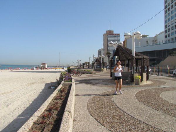 israel Tel Aviv plage immeubles