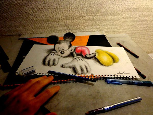 3d_drawing___3d_mickey_mouse_by_nagaihideyuki-d5p433s.jpg