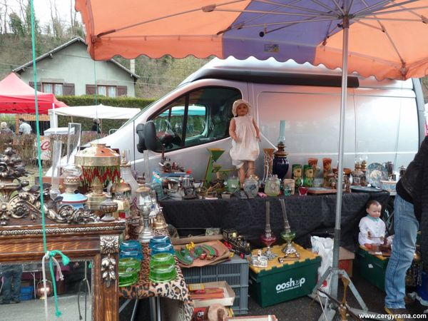 brocante-auvers-stand.JPG