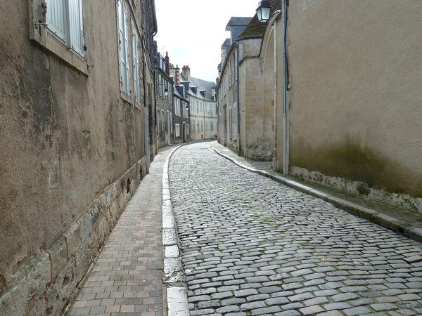 Rue près du lycée d'A Fournier à Bourges