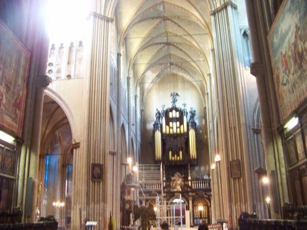 cath St Sauveur