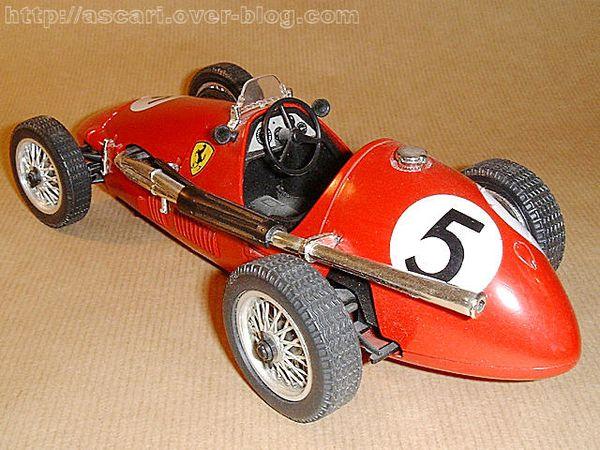 1-16 Ferrari 500 F2 N°5 Polistil 1