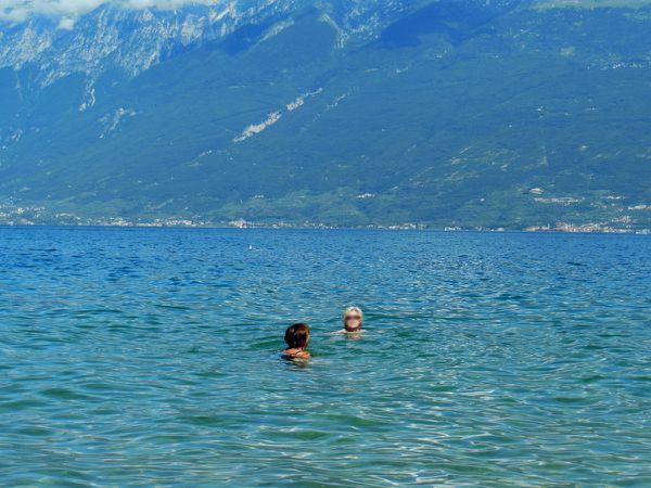 Petite taille pour blog - Dominique et Dom au bain