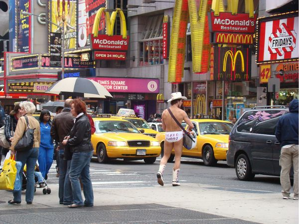 naked cow boy new york1