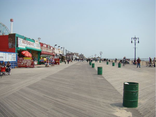 plage planches coney island brooklyn new-york2