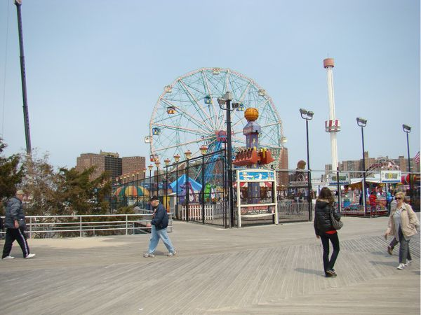 plage planches coney island brooklyn new-york4