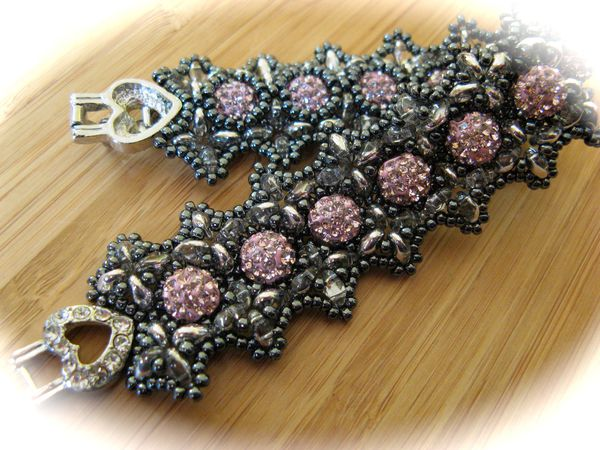 Bracelets... 4276