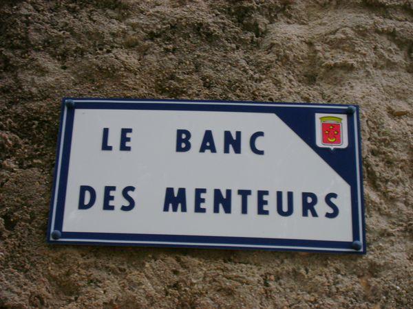 Banc des menteurs Le Luc1
