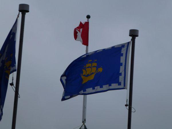 drapeau de quebec & canada