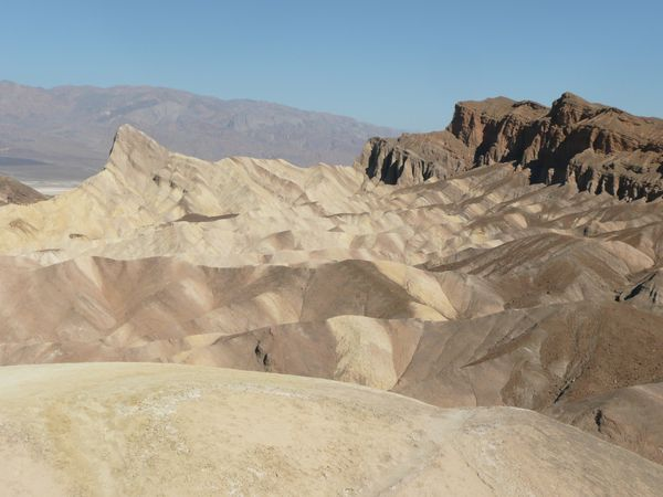 Death-Valley---Zabriskie-Point-nous--3-.JPG